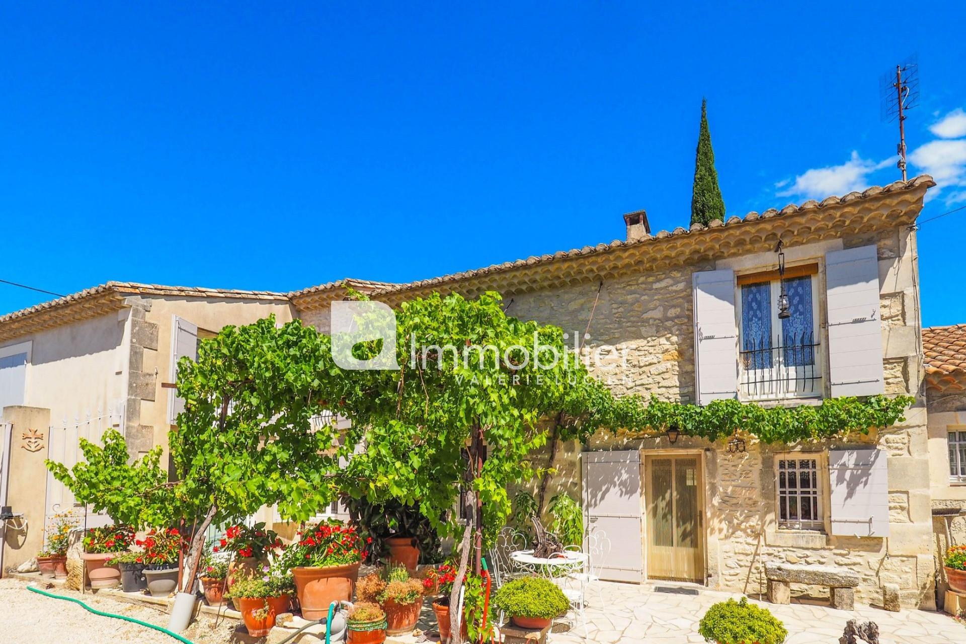 Photo Mas Saint-Rémy-de-Provence A pied du centre-ville,   achat mas  5 chambres   250m²