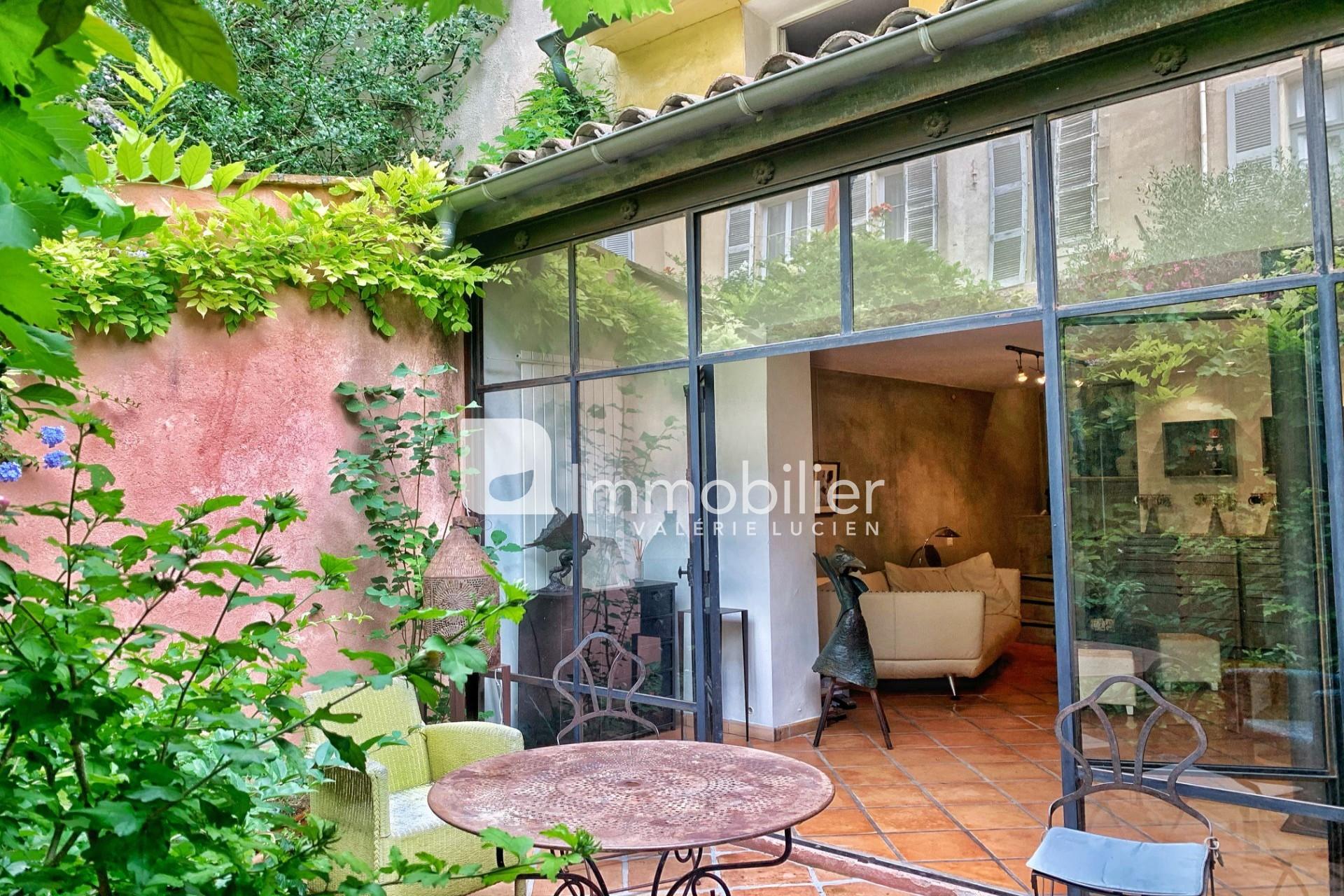 Photo Maison Aix-en-Provence Hyper centre,   achat maison  1 chambre   92m²