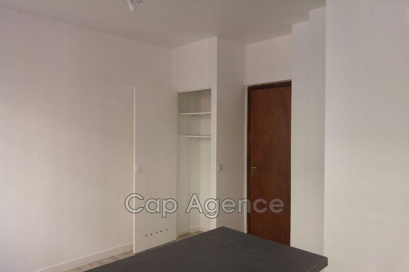 Photo n°3 - Location Appartement studio Antibes 06600 - 470 €