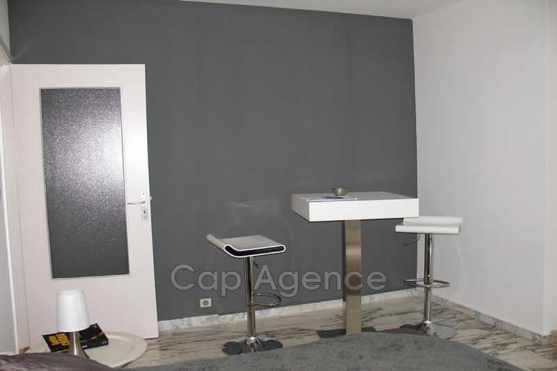 Photo n°3 - Location appartement Antibes 06600 - 770 €