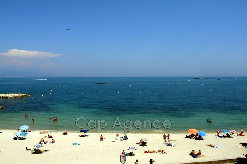Photo Apartment Antibes Front de mer,  Location saisonnière apartment  2 rooms   65 m²