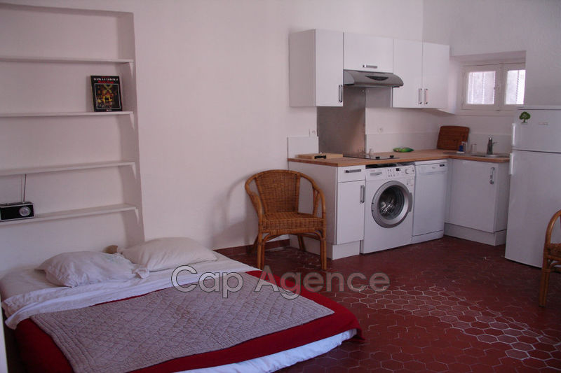 appartement  studio  Antibes Vieil antibes  27 m² -
