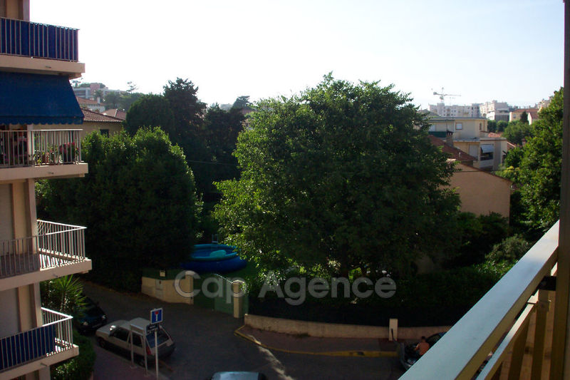 Photo Appartement Antibes Ilette,  Location appartement  2 pièces   26 m²