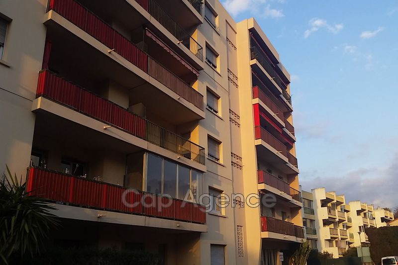 appartement  2 rooms  Antibes Heights  54 m² -
