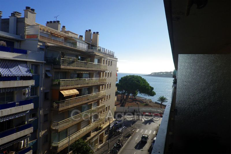 appartement  2 rooms  Antibes Downtown  55m² -