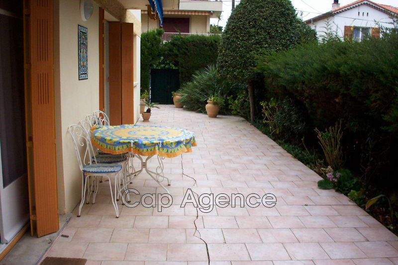 Apartment Cap d'Antibes Cap d antibes,  Location saisonnière apartment  3 rooms   70 m²