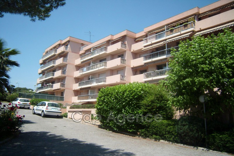 Photo Parking Antibes Hauteurs,  Rentals parking