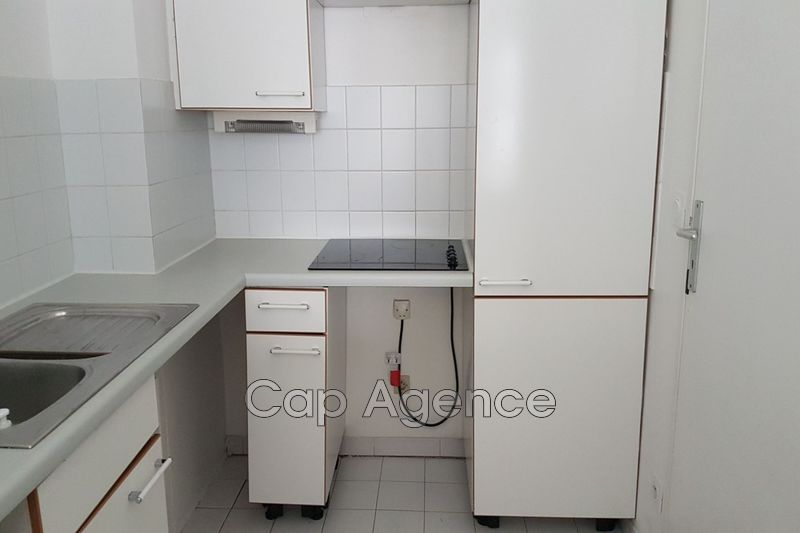 Photo Appartement Antibes Centre ville,   achat appartement  2 pièces   33 m²