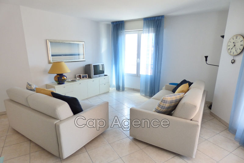 Photo Appartement Antibes Centre ville,   achat appartement  3 pièces   68 m²