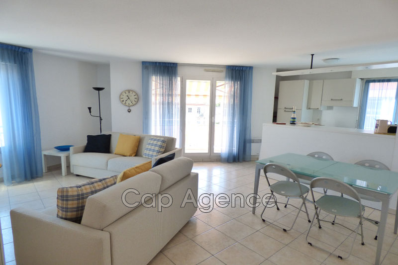 appartement  3 rooms  Antibes Downtown  68 m² -