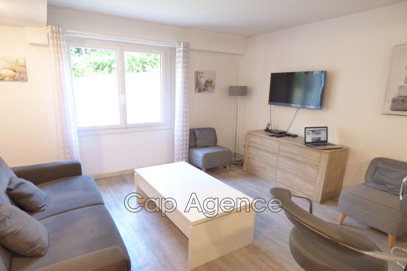 appartement  1 room  Juan-les-Pins Close ti the beaches  25m² -
