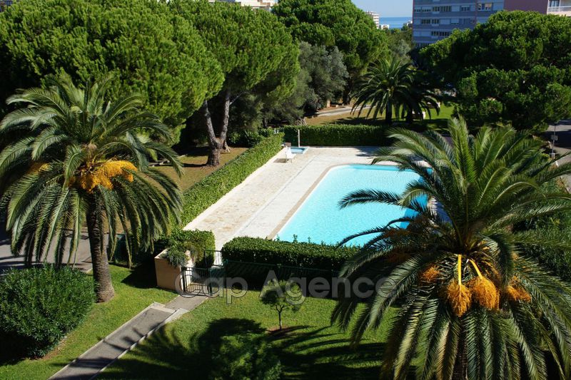 appartement  3 rooms  Antibes Heights  70 m² -