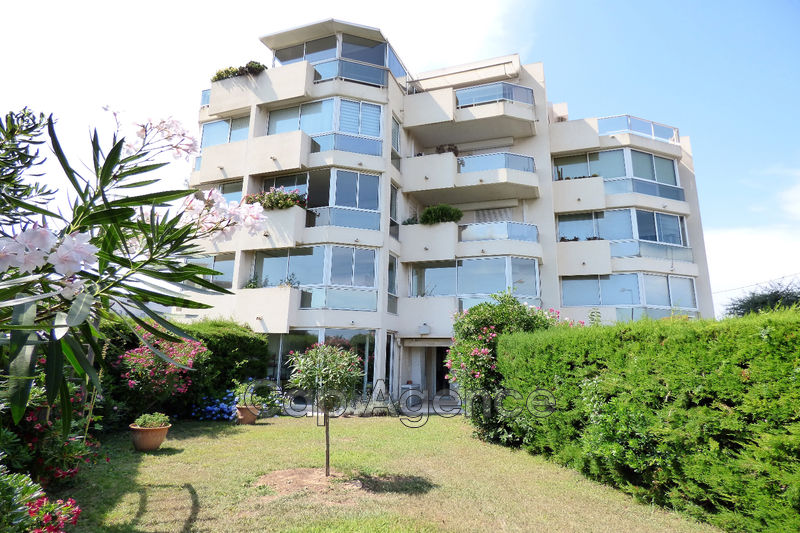Apartment Antibes Proximité centre ville,   to buy apartment  3 rooms   62 m²