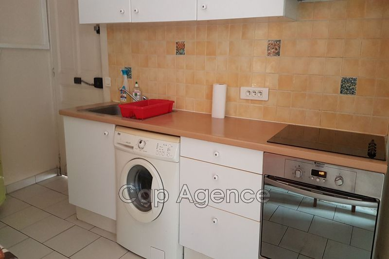 appartement  1 room  Antibes Centre ville  24 m² -