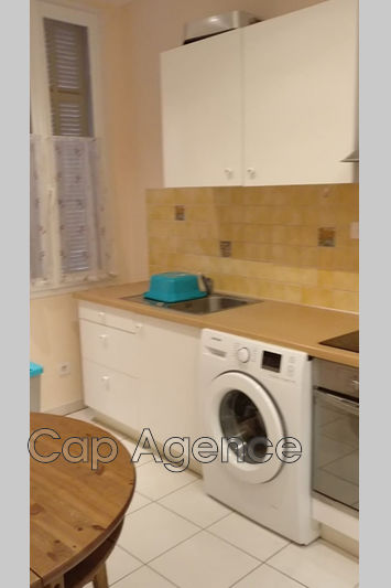 appartement  1 room  Antibes Downtown  28 m² -