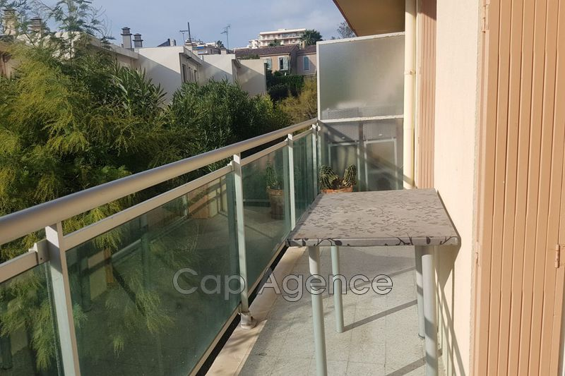 Photo n°1 - Vente appartement Antibes 06600 - 214 000 €