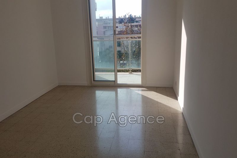 Photo n°5 - Vente appartement Antibes 06600 - 214 000 €