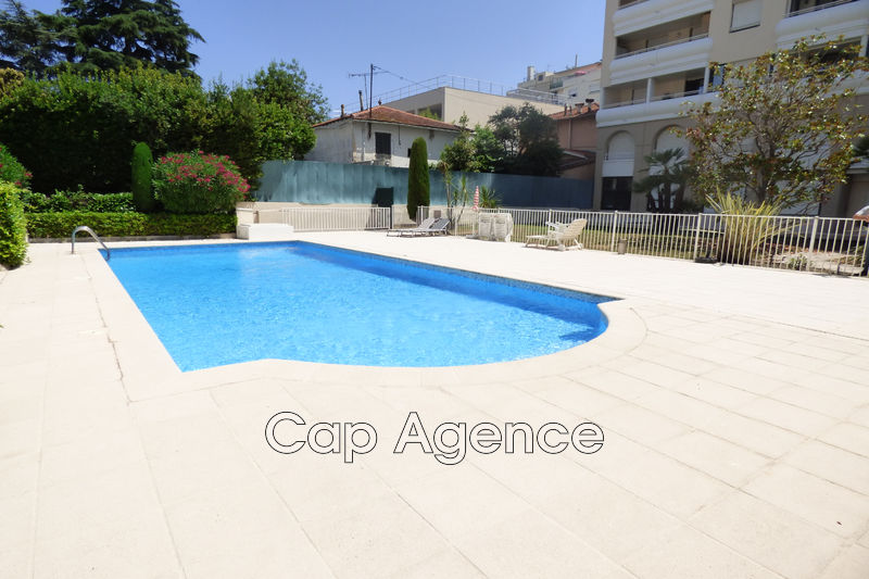 Apartment Juan-les-Pins Proche plages,   to buy apartment  2 rooms   52 m²