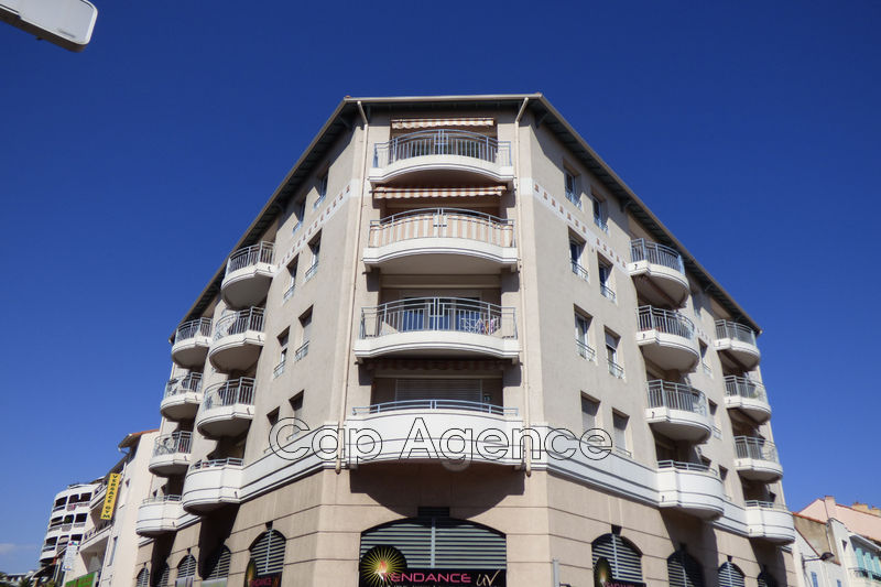appartement  4 rooms  Antibes Downtown  89 m² -