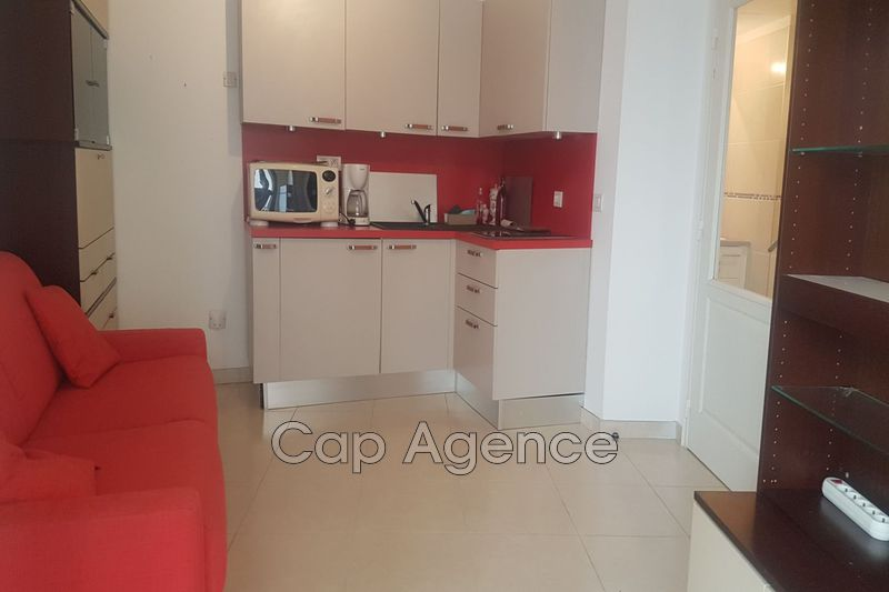 appartement  1 room  Antibes Downtown  20 m² -