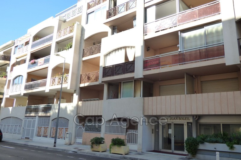 appartement  studio  Juan-les-Pins   21 m² -