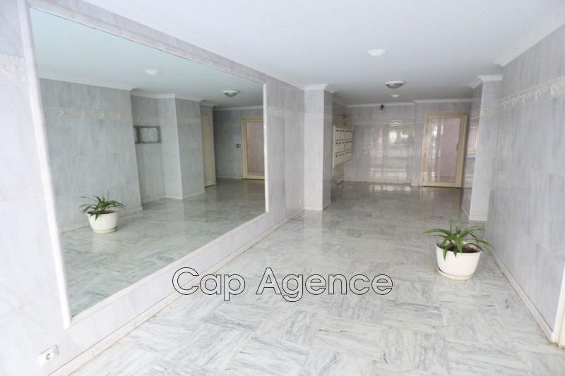 Photo n°4 - Vente appartement Juan-les-Pins 06160 - 110 000 €