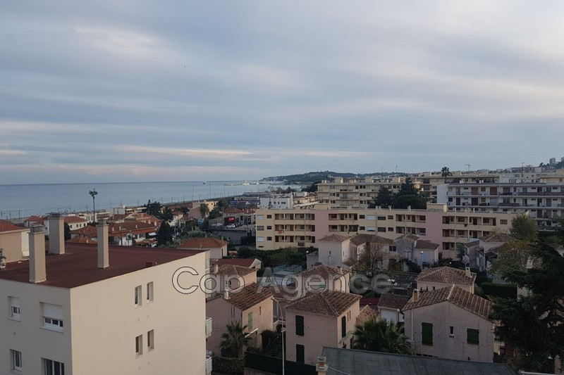 Photo Appartement Antibes Route de nice,   achat appartement  3 pièces   58 m²