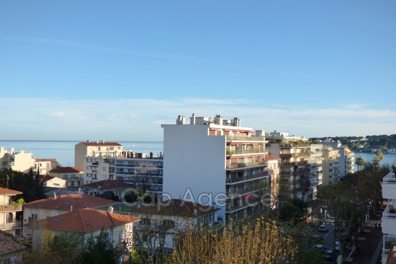 Photo Appartement Antibes Albert 1er,   achat appartement  3 pièces   68 m²