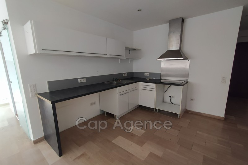 appartement  2 rooms  Antibes Promenade  42m² -