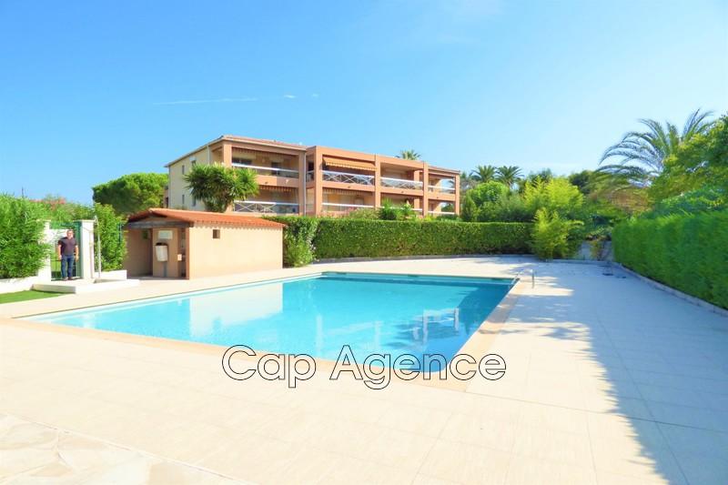 Apartment Juan-les-Pins Bord de mer,   to buy apartment  3 rooms   63m²