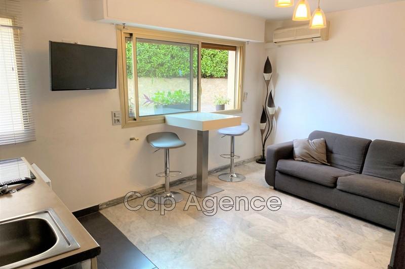 appartement  1 room  Juan-les-Pins Pine-wood  20m² -