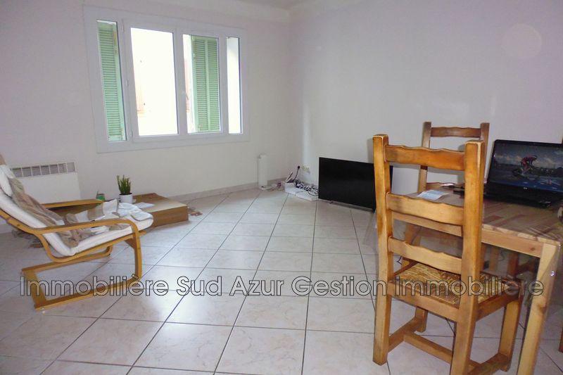 Photo Appartement Cuers  Location appartement  2 pièces   47m²