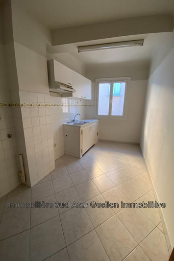 Photo n°1 - Location appartement Cuers 83390 - 518 €