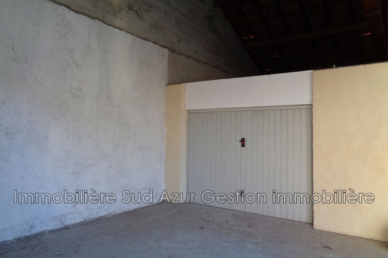 Photo n°1 - Location garage Toulon 83100 - 95 €