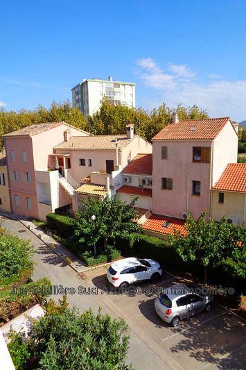 Photo Appartement La Garde  Location appartement  2 pièces   48m²