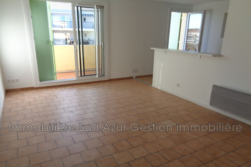 Photo Appartement La Farlède  Location appartement  3 pièces   57 m²