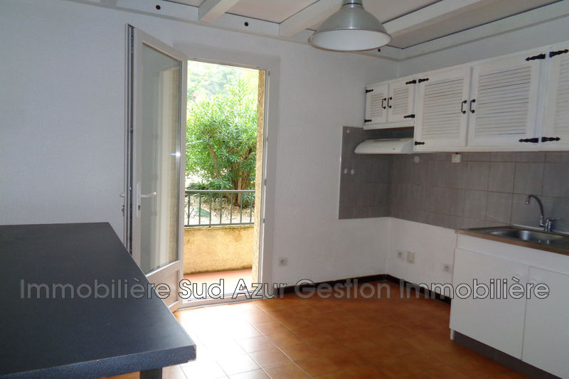 Photo Appartement Puget-Ville  Location appartement  3 pièces   70 m²