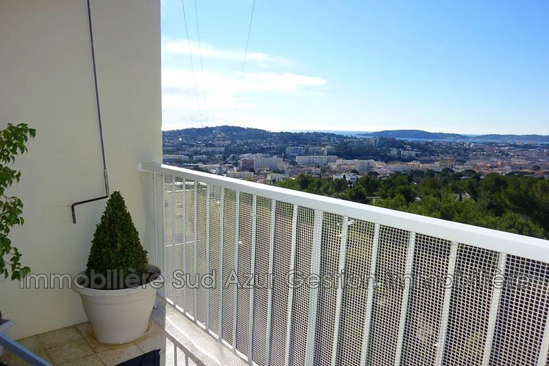 Photo Apartment Toulon  Rentals apartment  3 rooms   69 m²