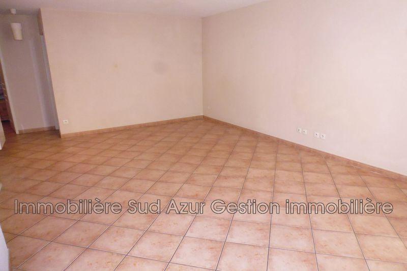 Photo n°2 - Location appartement Solliès-Pont 83210 - 580 €