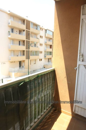 Photo Appartement Hyères  Location appartement  2 pièces   47m²