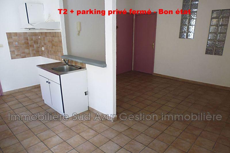 Photo Appartement Solliès-Pont  Location appartement  2 pièces   30m²