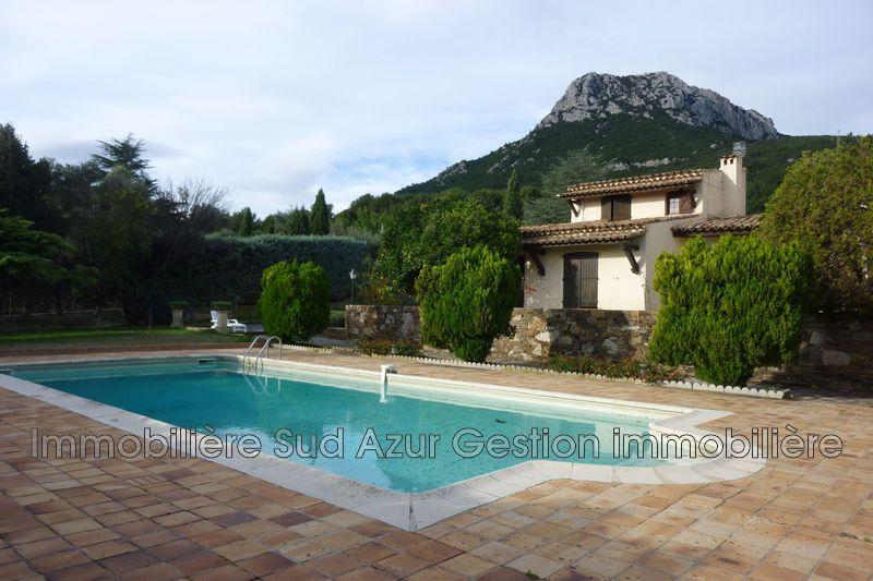 Photo Villa La Farlède  Location villa  3 chambres   150m²