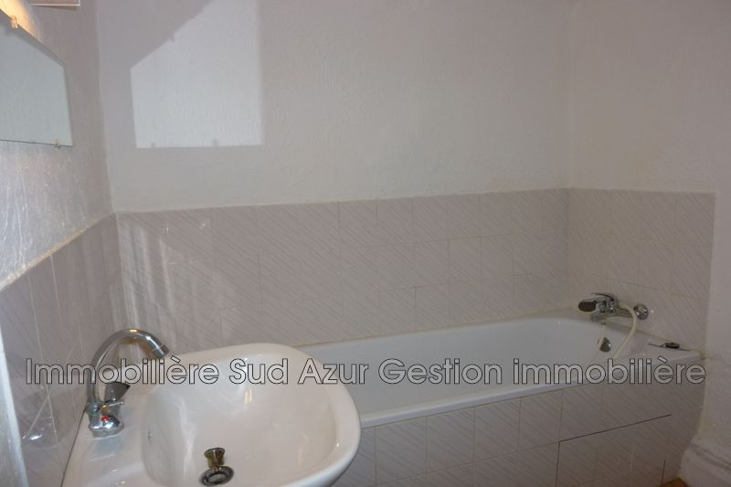 Photo n°4 - Location appartement Cuers 83390 - 390 €