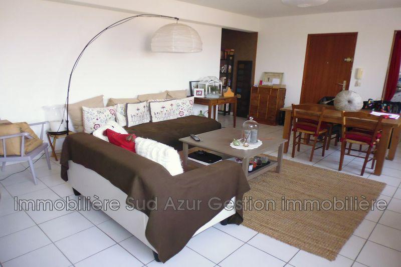 Photo Appartement Cuers Centre-ville,  Location appartement  2 pièces   56m²
