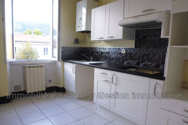 Photo n°2 - Location appartement Toulon 83100 - 690 €