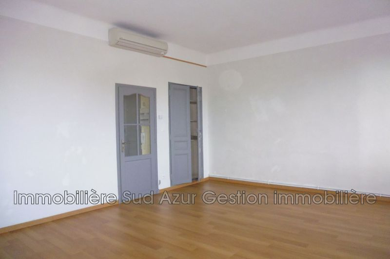 Photo n°3 - Location appartement Toulon 83100 - 690 €