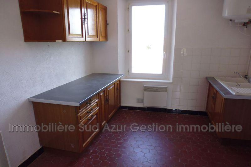 Photo Appartement Solliès-Pont  Location appartement  3 pièces   67m²