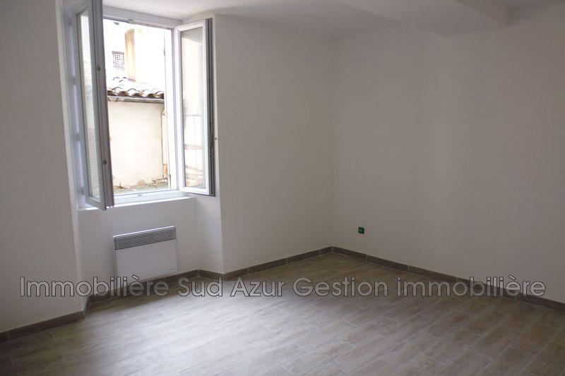 Photo n°3 - Location appartement Solliès-Pont 83210 - 631 €