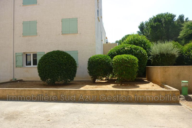 Photo Apartment Draguignan  Rentals apartment  2 rooms   46 m²
