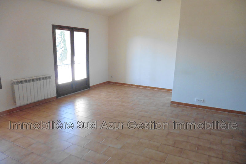 Photo n°3 - Location maison de ville Signes 83870 - 720 €